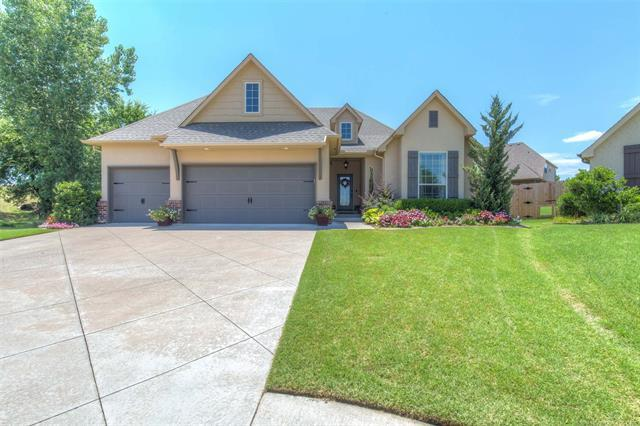 11008 S Hamilton Court, Jenks, OK 74037 (MLS #1826022) :: Hopper Group at RE/MAX Results