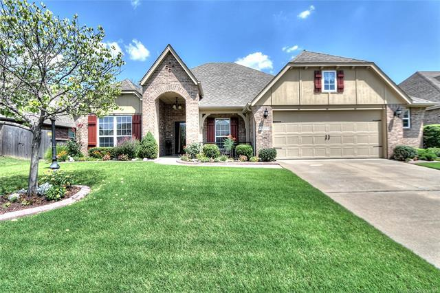10219 N 140th East Avenue, Owasso, OK 74055 (MLS #1826059) :: Hopper Group at RE/MAX Results