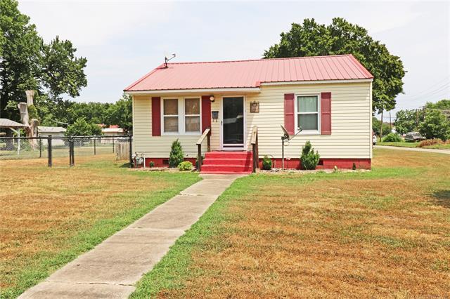 600 Tinker Avenue, Pawhuska, OK 74056 (MLS #1826286) :: Hopper Group at RE/MAX Results