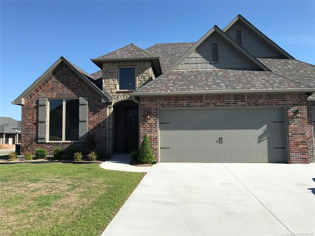 438 E 130th Street S, Jenks, OK 74037 (MLS #1826606) :: Hopper Group at RE/MAX Results