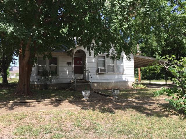 617 S Rennie Street, Ada, OK 74820 (MLS #1826673) :: Hopper Group at RE/MAX Results