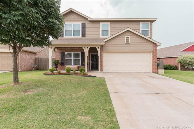 14902 E 108th Street North, Owasso, OK 74055 (MLS #1826733) :: Hopper Group at RE/MAX Results