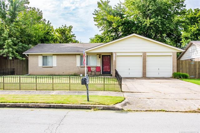 11414 E 62nd Place, Broken Arrow, OK 74012 (MLS #1826735) :: Hopper Group at RE/MAX Results