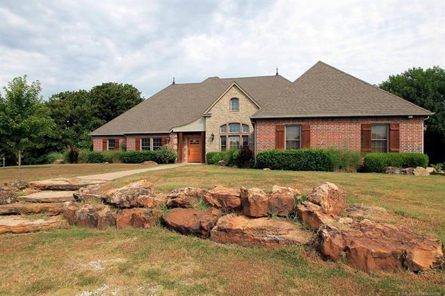 1715 E 156th Street North, Skiatook, OK 74070 (MLS #1826831) :: Hopper Group at RE/MAX Results