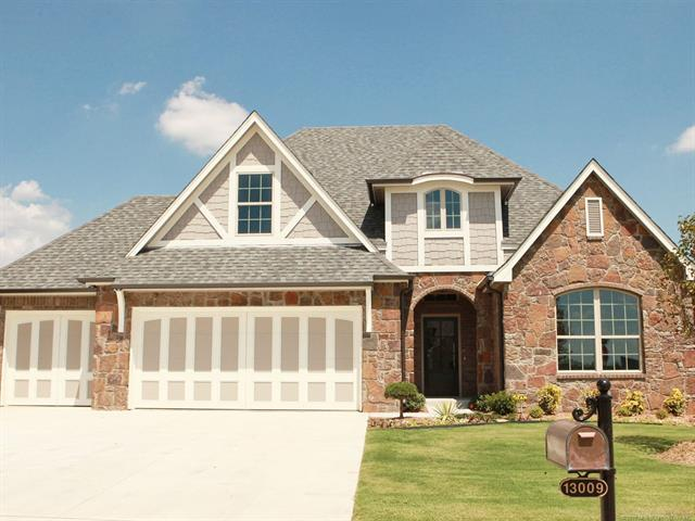 13009 S 2nd Place, Jenks, OK 74037 (MLS #1826838) :: Hopper Group at RE/MAX Results