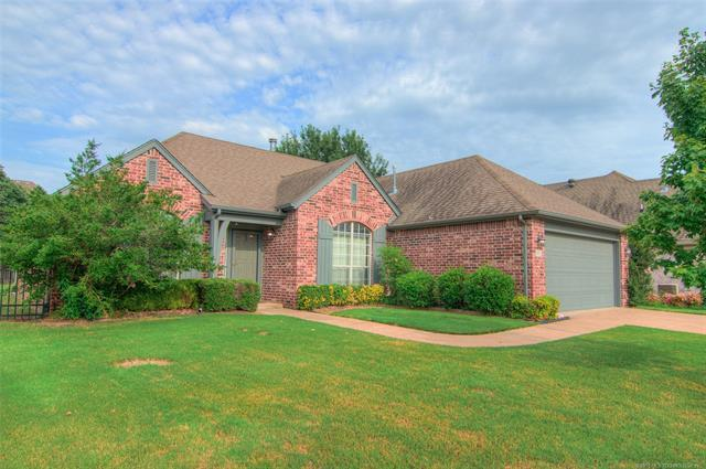 903 N Butternut Court, Broken Arrow, OK 74012 (MLS #1826899) :: Hopper Group at RE/MAX Results