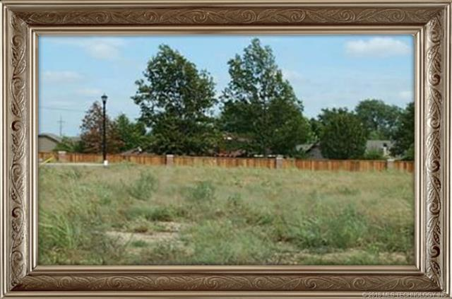 2905 SE Pheasant Court, Bartlesville, OK 74006 (MLS #1827042) :: American Home Team