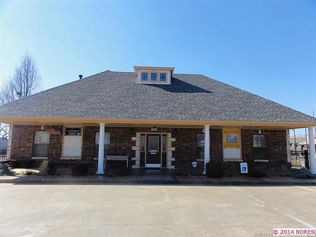 1436 N Norfolk Avenue, Tulsa, OK 74106 (MLS #1827660) :: Hopper Group at RE/MAX Results