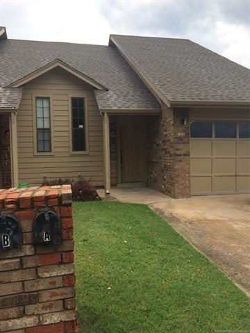 8144 E 17th Street A, Tulsa, OK 74112 (MLS #1828232) :: Hopper Group at RE/MAX Results