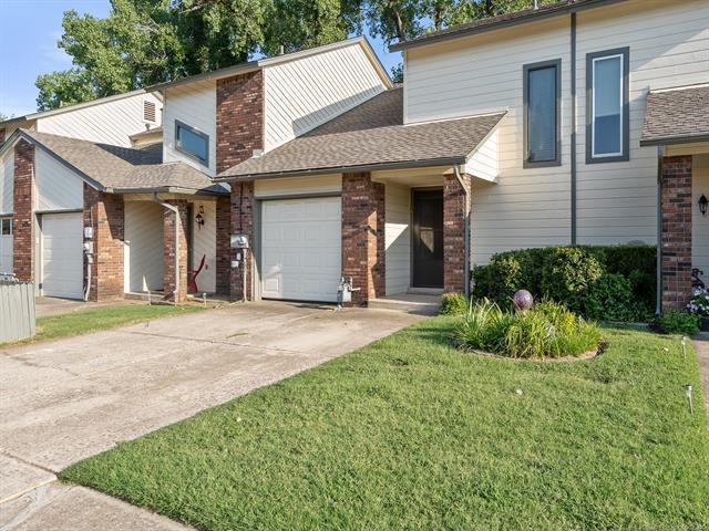 549 N Elm Street N I-9, Jenks, OK 74037 (MLS #1828806) :: American Home Team