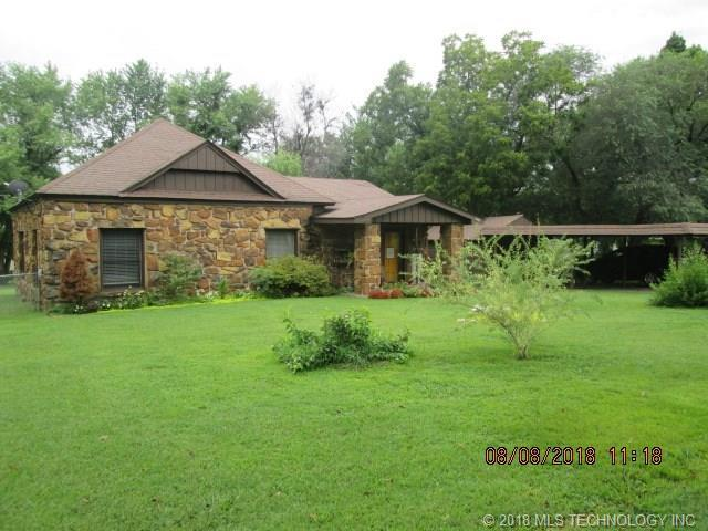 605 N Johnson Street, Fort Gibson, OK 74434 (MLS #1829601) :: Hopper Group at RE/MAX Results