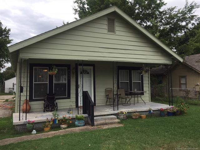 4111 S 33rd West Avenue, Tulsa, OK 74107 (MLS #1829766) :: American Home Team