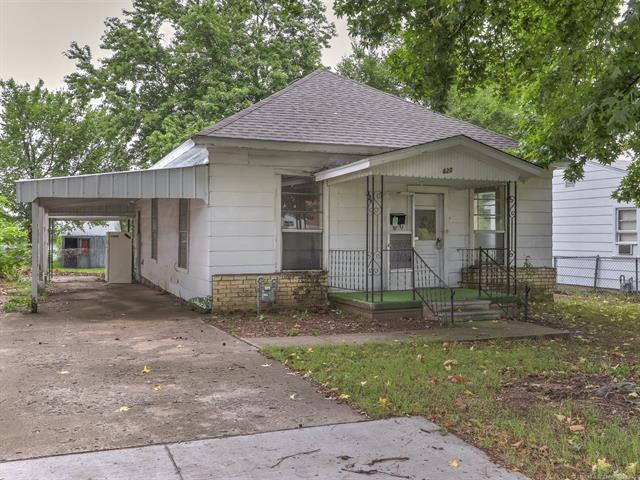 620 S Apple Street, Sapulpa, OK 74066 (MLS #1830508) :: 918HomeTeam - KW Realty Preferred