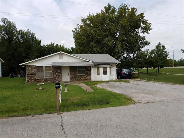 1130 N Main Street, Sapulpa, OK 74066 (MLS #1830540) :: 918HomeTeam - KW Realty Preferred