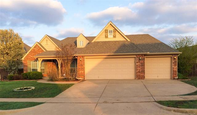 12527 S Ash Avenue, Jenks, OK 74037 (MLS #1830668) :: 918HomeTeam - KW Realty Preferred