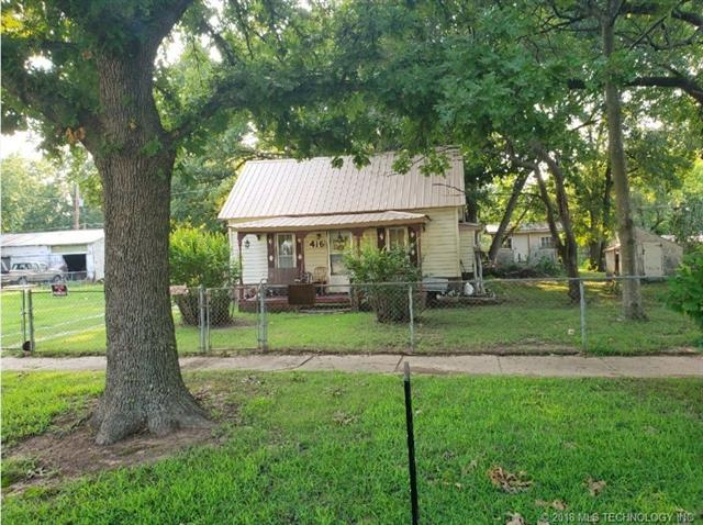 416 S Willow Street, Nowata, OK 74048 (MLS #1831348) :: Hopper Group at RE/MAX Results