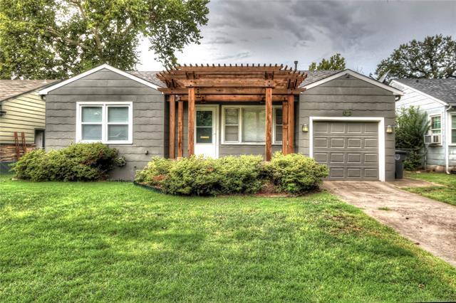 4628 S Rockford Avenue, Tulsa, OK 74105 (MLS #1832501) :: Hopper Group at RE/MAX Results