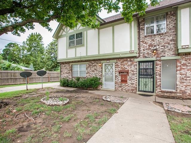 2520 S Florence Place #2, Tulsa, OK 74114 (MLS #1833709) :: Hopper Group at RE/MAX Results
