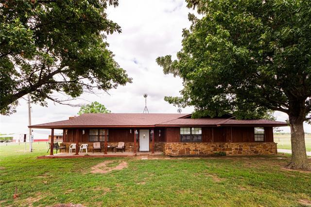 3751 E 390 Road, Oologah, OK 74053 (MLS #1834642) :: Hopper Group at RE/MAX Results