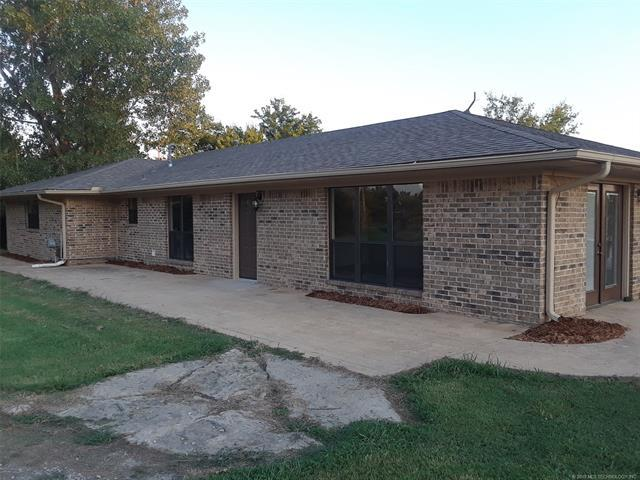 5344 E 410 Road, Oologah, OK 74053 (MLS #1834696) :: Hopper Group at RE/MAX Results