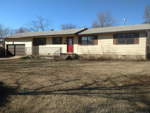 602 Woodland Avenue, Eufaula, OK 74432 (MLS #1834914) :: Hopper Group at RE/MAX Results