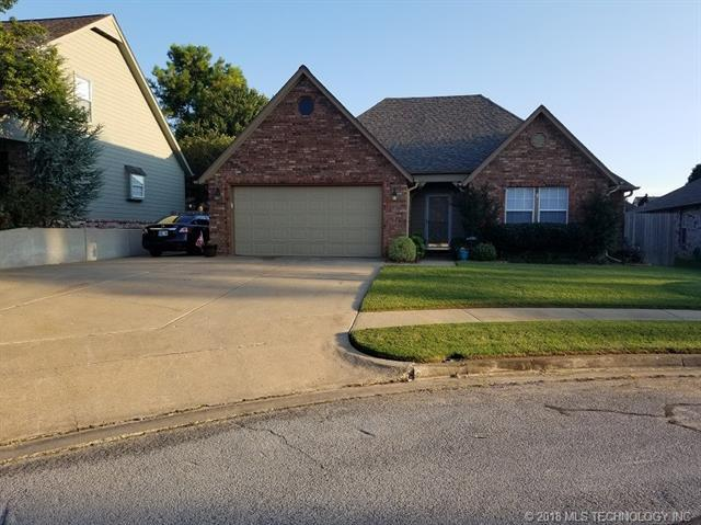1238 W 114th Court S, Jenks, OK 74037 (MLS #1834976) :: Hopper Group at RE/MAX Results