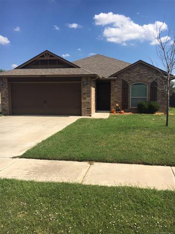 13331 N 131st East Avenue, Collinsville, OK 74021 (MLS #1835001) :: Hopper Group at RE/MAX Results