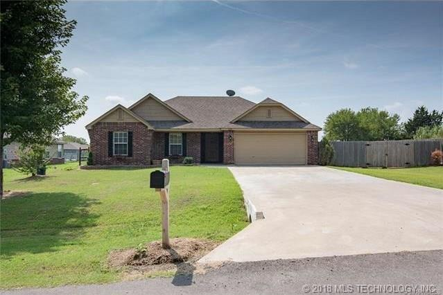 11220 E 138th Street North, Collinsville, OK 74021 (MLS #1835074) :: Hopper Group at RE/MAX Results