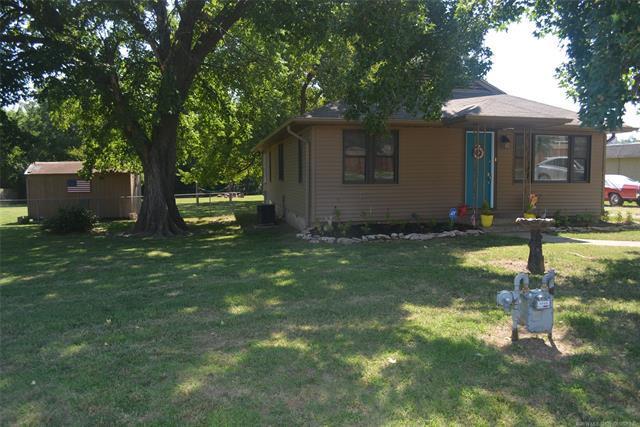 3503 Skylane Drive, Sand Springs, OK 74063 (MLS #1835347) :: American Home Team