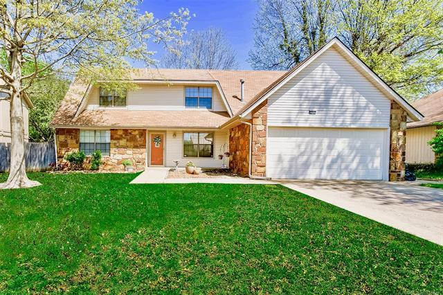 2211 S Gardenia Avenue, Broken Arrow, OK 74012 (MLS #1835381) :: Hopper Group at RE/MAX Results