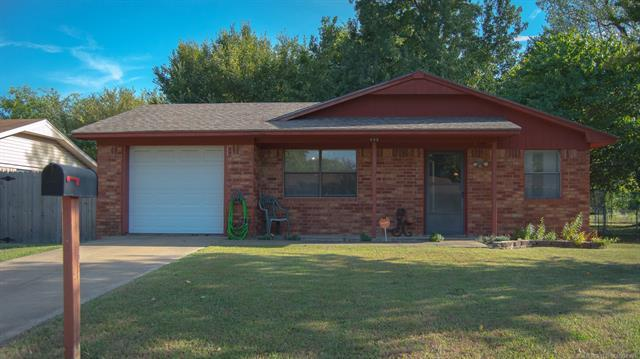 408 W Park Street, Mcalester, OK 74501 (MLS #1835479) :: Hopper Group at RE/MAX Results
