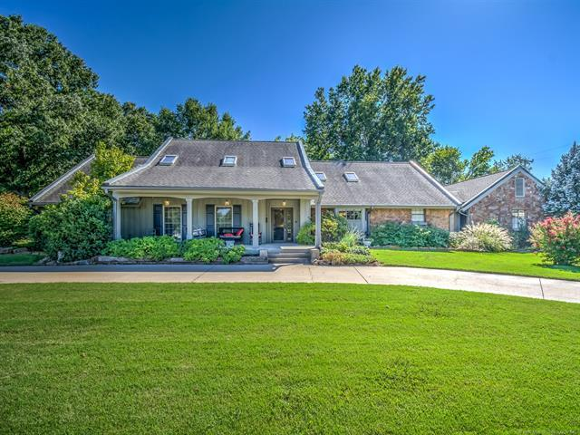 5111 Woodland Road, Bartlesville, OK 74006 (MLS #1835645) :: Hopper Group at RE/MAX Results
