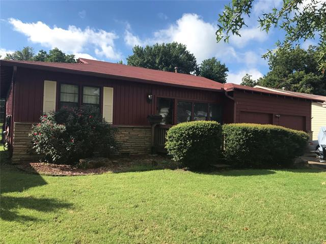 5926 E 4th Place, Tulsa, OK 74112 (MLS #1835963) :: Hopper Group at RE/MAX Results