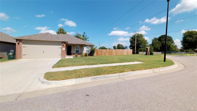 12815 E 67th Place North, Owasso, OK 74055 (MLS #1836520) :: Hopper Group at RE/MAX Results