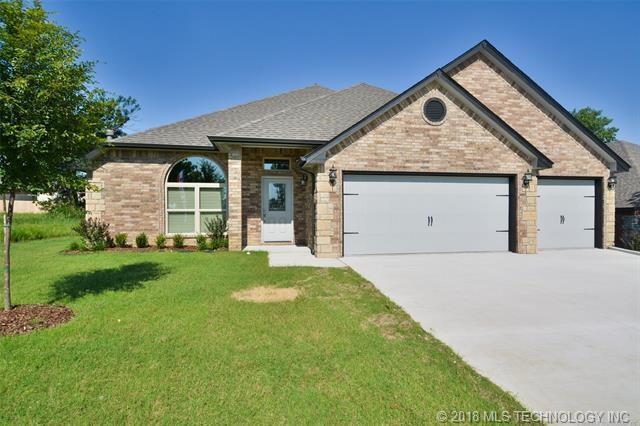 14722 S Lakewood Place, Bixby, OK 74008 (MLS #1836638) :: 918HomeTeam - KW Realty Preferred