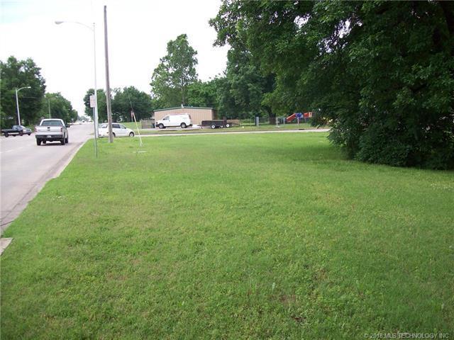 20 S Elliott Street, Pryor, OK 74361 (MLS #1836719) :: Hopper Group at RE/MAX Results
