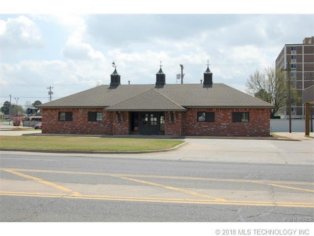 3303 W Okmulgee Street, Muskogee, OK 74401 (MLS #1836735) :: American Home Team