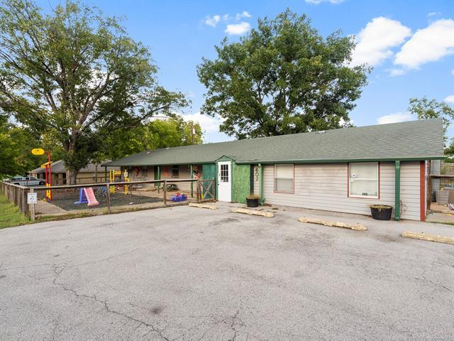 602 S Wortman Avenue, Claremore, OK 74017 (MLS #1837342) :: Hopper Group at RE/MAX Results
