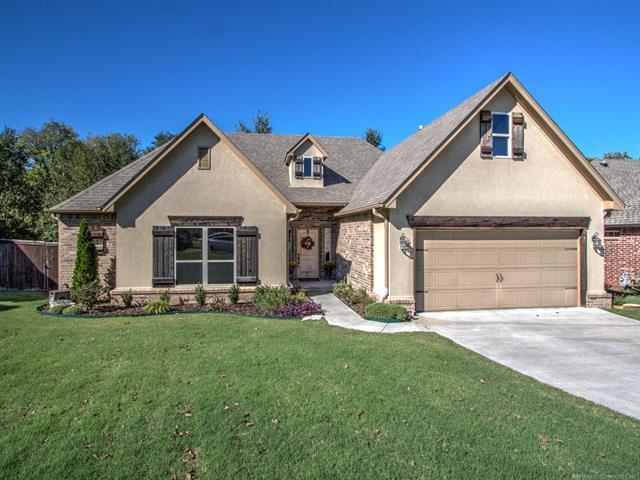 721 W 145th Place S, Glenpool, OK 74033 (MLS #1837438) :: 918HomeTeam - KW Realty Preferred