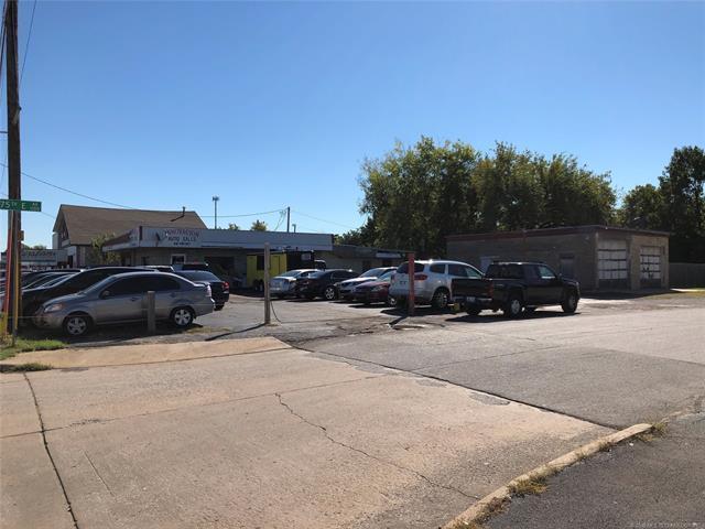 7504 E 11th Street, Tulsa, OK 74112 (MLS #1837615) :: RE/MAX T-town