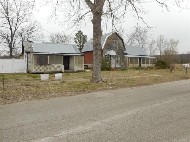 500 Revard Avenue, Pawhuska, OK 74056 (MLS #1837735) :: Hopper Group at RE/MAX Results