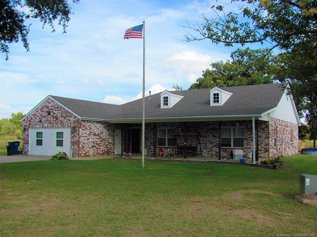 9288 Highway 56 Highway, Okmulgee, OK 74447 (MLS #1837889) :: Hopper Group at RE/MAX Results