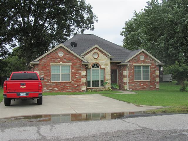 302 W Springer Avenue, Mcalester, OK 74501 (MLS #1837936) :: Hopper Group at RE/MAX Results