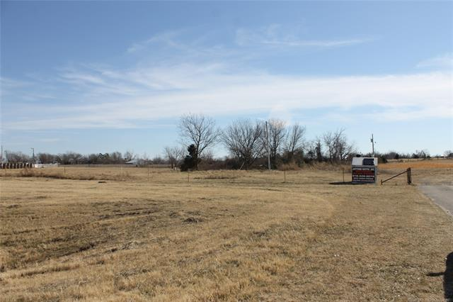 14055 S Hwy 169 Highway, Oologah, OK 74053 (MLS #1838076) :: Hopper Group at RE/MAX Results