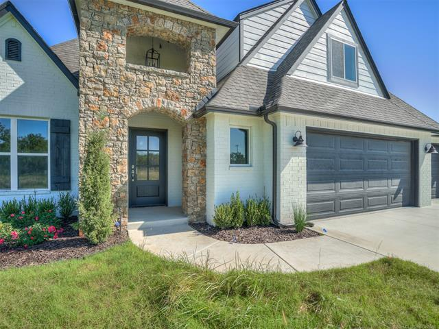 16757 S 145th East Avenue, Bixby, OK 74008 (MLS #1838275) :: Hopper Group at RE/MAX Results