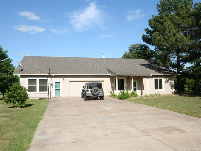 121259 S 4090 Road, Eufaula, OK 74432 (MLS #1838409) :: Hopper Group at RE/MAX Results