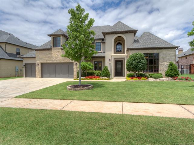 5908 W Waco Street, Broken Arrow, OK 74011 (MLS #1838649) :: 918HomeTeam - KW Realty Preferred