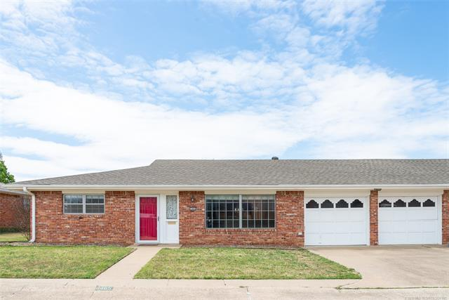 1465 Swan Drive, Bartlesville, OK 74006 (MLS #1838801) :: American Home Team