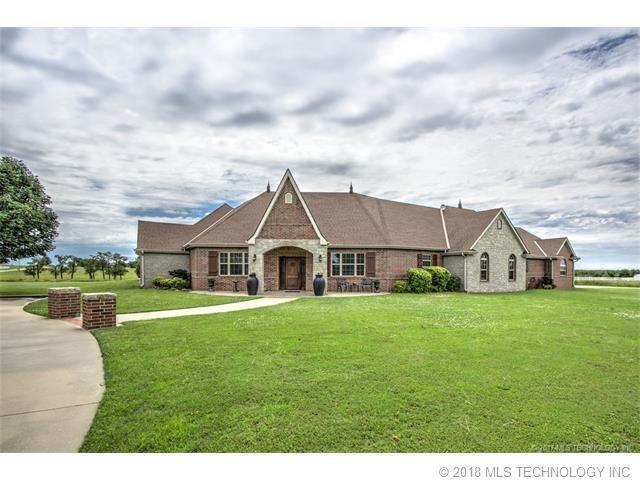 24098 N 3962 Road, Bartlesville, OK 74006 (MLS #1838807) :: American Home Team