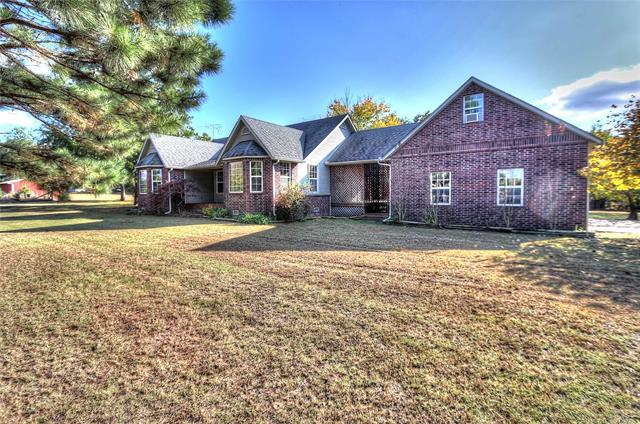 3902 W 173rd Street North, Skiatook, OK 74070 (MLS #1838889) :: Hopper Group at RE/MAX Results